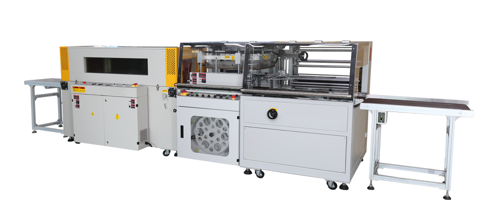 Automatic sealing and heat shrinking wrapping machine is applied to the envelope of blood collection tubes in the pharmaceutical industry
